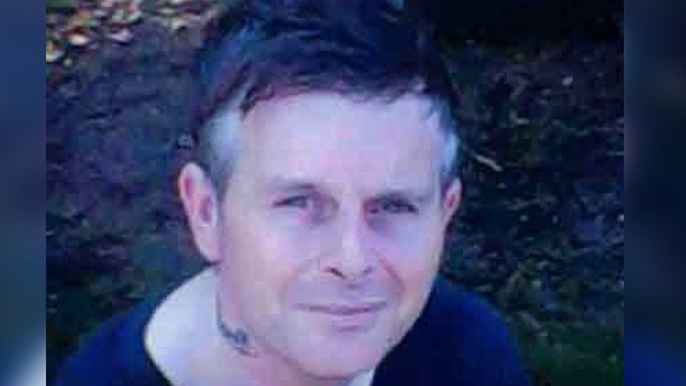 Peter Anderson death: Man 'stabbed to death by stranger'