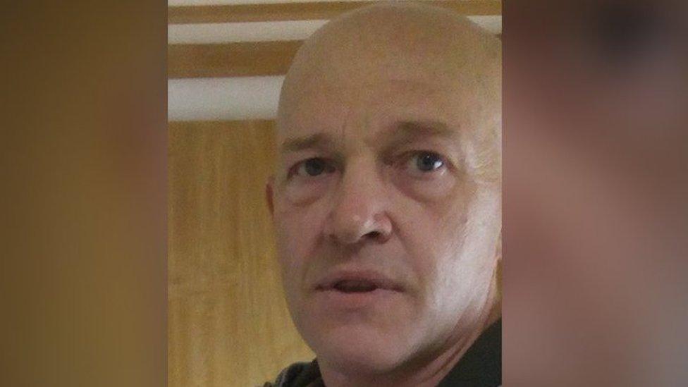 Simon Clark death: 'Stop protecting caravan park murder suspect'