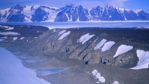 Rocas a 500 km de Polo Sur