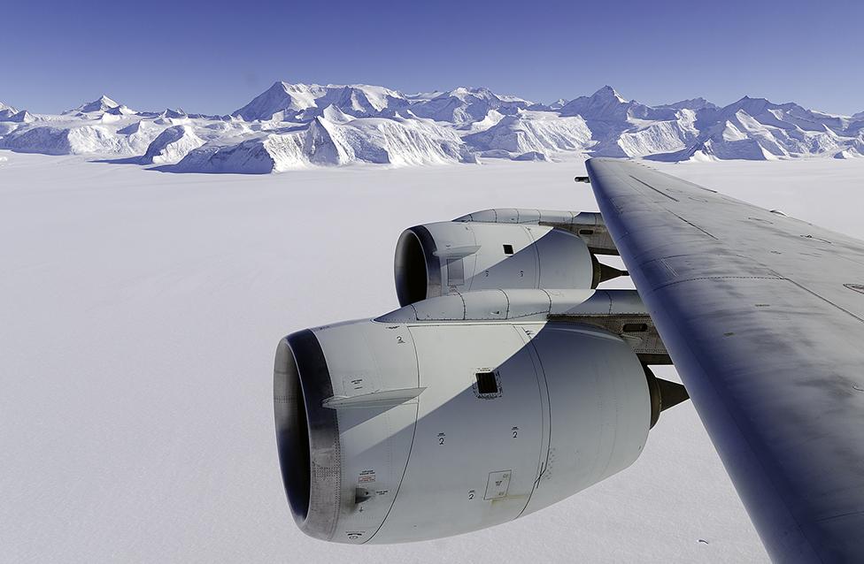 Ellsworth Dağları Antarktika'nın en yüksek sıradağı