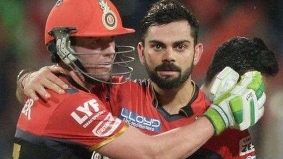 कोहली फ़ेल लेकिन आखिरी मैच में जीती आरसीबी, हैदराबाद को हराया