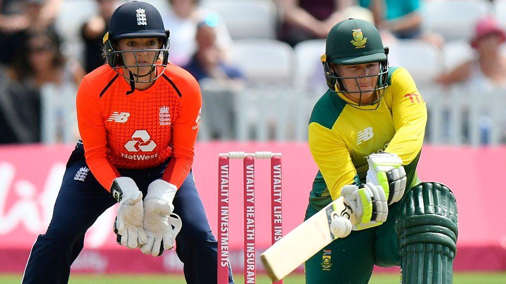 England v South Africa: Lizelle Lee & Sune Luus' 103-run partnership - best shots