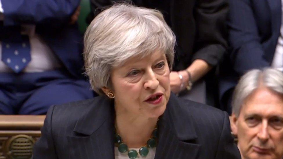 """Сделка Мэй по """"брекситу"""" не нравится почти никому из политиков в Британии. Что будет, если премьер не удержится у власти?"""