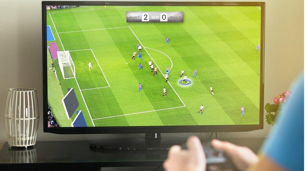 Videojuego de fútbol.