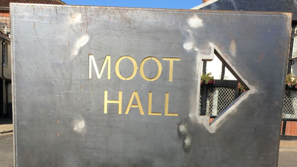 Sign for Moot Hall