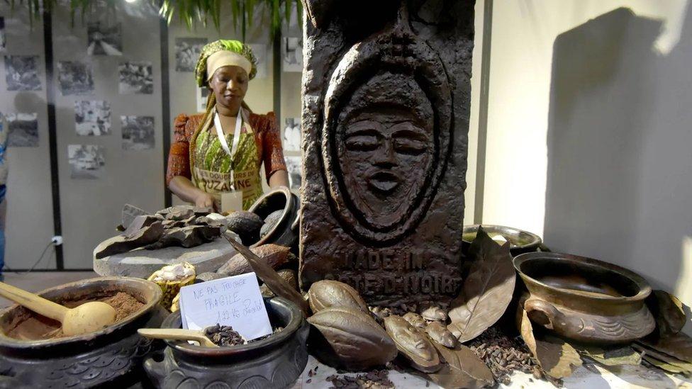 الدولة الأفريقية التي توفر الكهرباء لملايين المنازل من الكاكاو