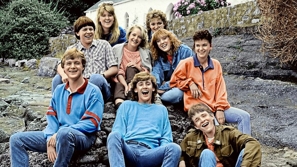 Ydych chi'n cofio 'Jabas'? Faint o enwau rhain ydych chi'n eu cofio? // One of S4C's most popular programmes ever - 'Jabas'
