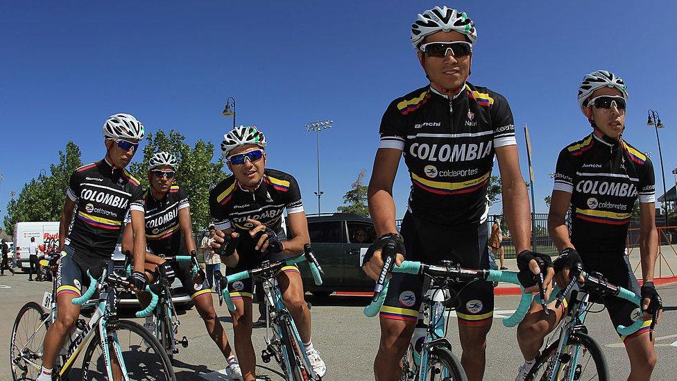 Colombia Coldeportes fue el primer equipo colombiano en participar en una gran vuelta en más de dos décadas.