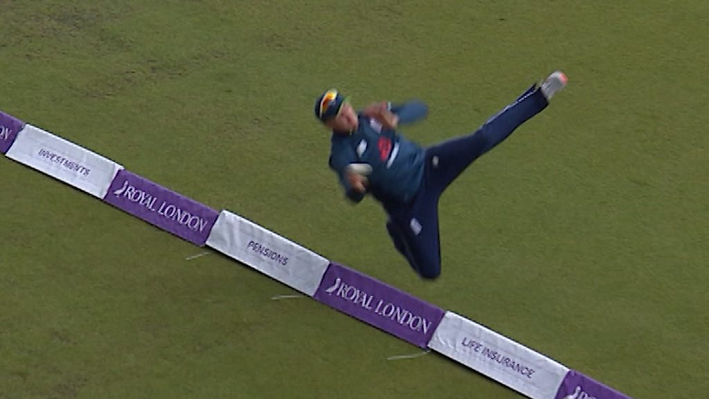England v Pakistan: Jason Roy's athletic fielding saves six