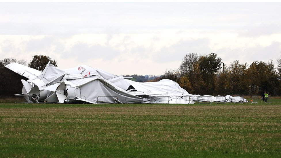 collapsed Airliner