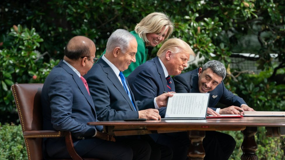 اتفاقا التطبيع بين إسرائيل والإمارات والبحرين بوساطة أمريكية