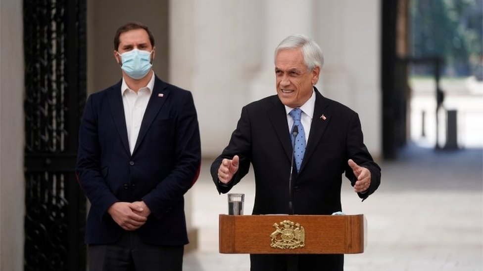 Sebastían Piñera en rueda de prensa