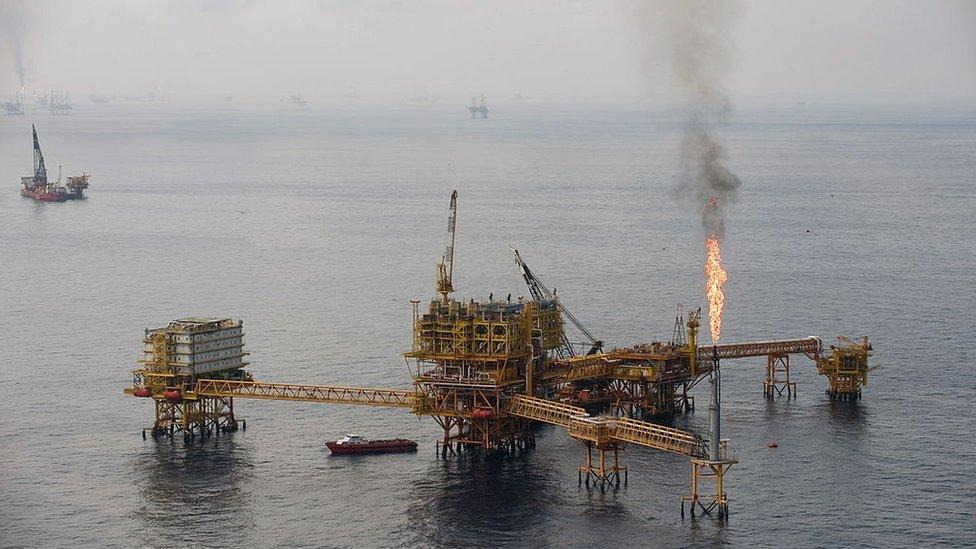 Una plataforma petrolera en Cantarell