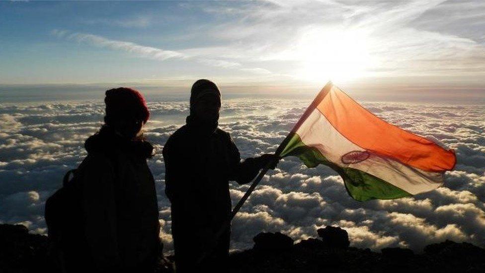 Dinesh and Tarakeshwari Rathod on Everest