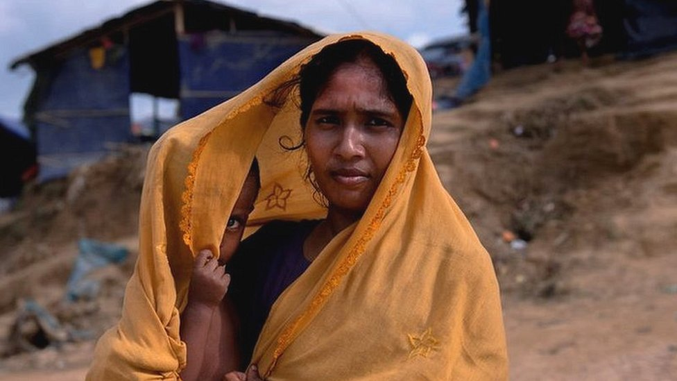 म्यांमार: रोहिंग्या मुसलमानों के गांव उजाड़कर बनाई गई सरकारी इमारतें