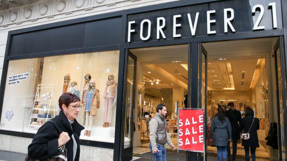 Forever 21 3 Razones Que Explican Por Que La Cadena De La Moda Se Declaro En Bancarrota En Estados Unidos Bbc News Mundo