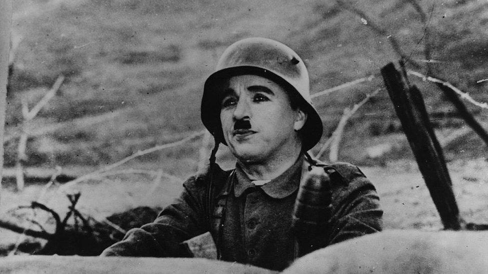 """Kadr iz filьma """"Velikiй diktator"""""""