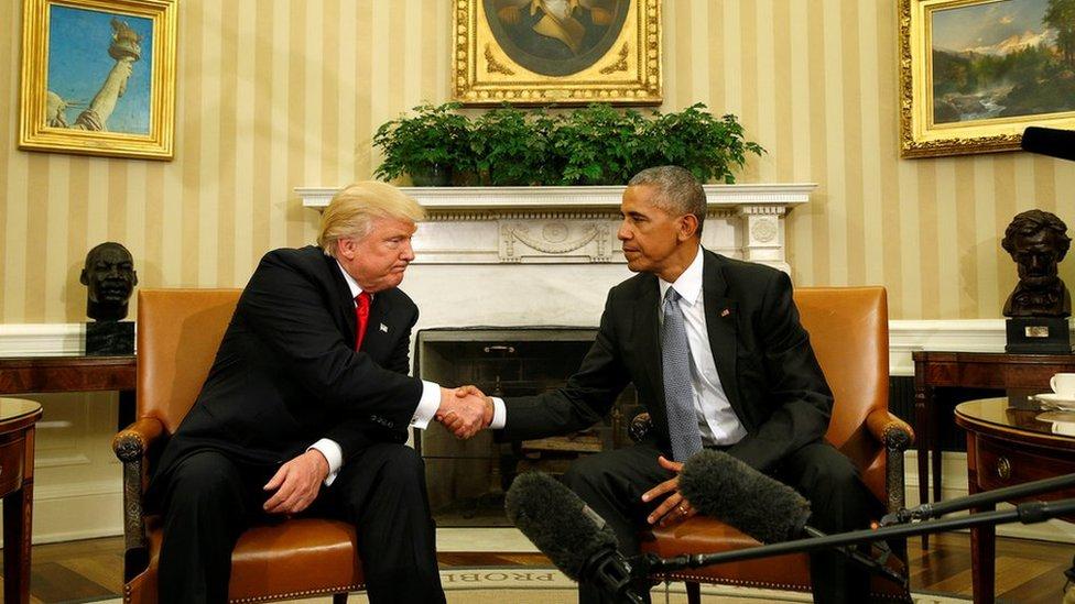 奧巴馬認為,美國社會撕裂的程度比四年前特朗普上台前嚴重。
