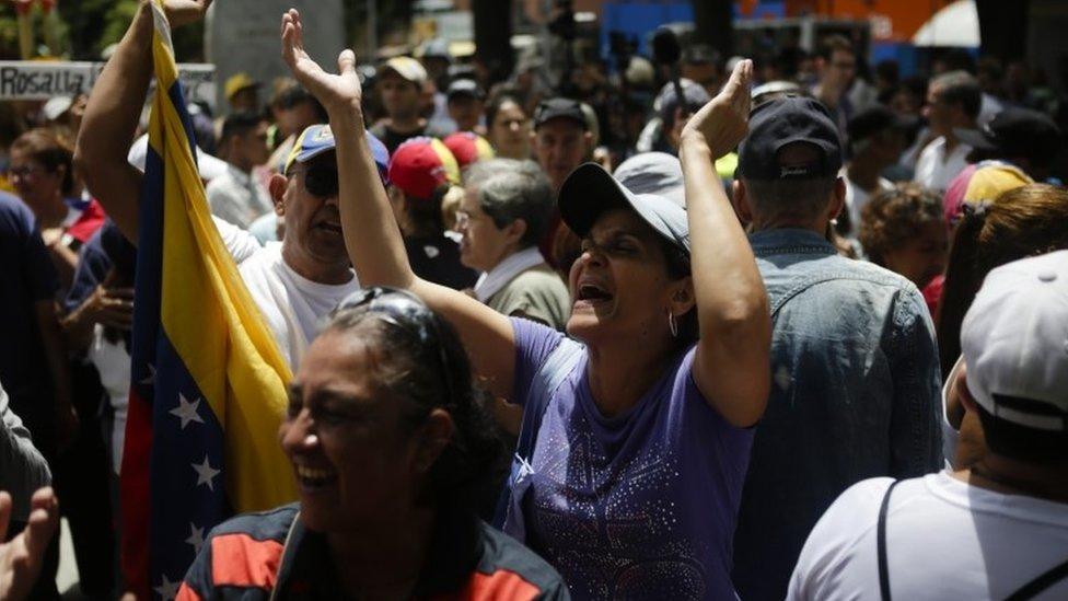 Manifestantes seguidores de Juan Guaidó en Caracas.