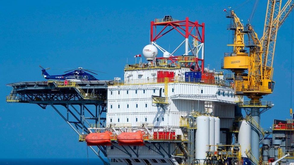Planta de gas en el mar