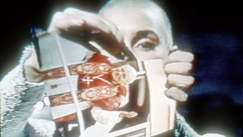 Sinead O'Connor ripping up a photo of the Pope on Saturday Night Live in 1992