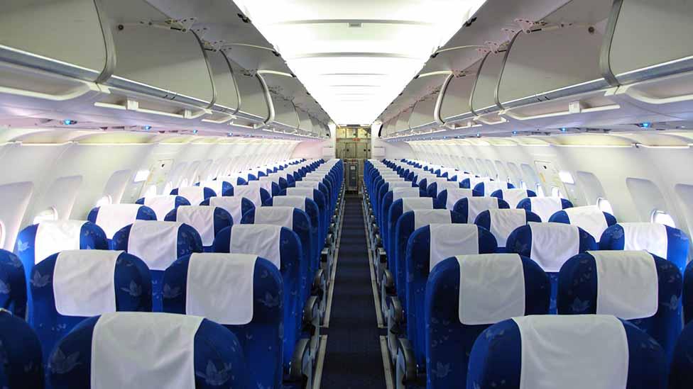 انخفض عدد المسافرين جوا القادمين إلى بريطانيا بنسبة 99 في المئة خلال فترة في شهر نيسان عن عددهم في الفترة نفسها عام 2019.