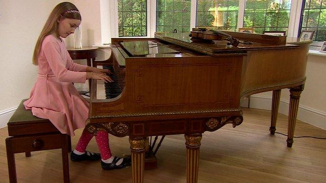 Alma Deutscher at her piano