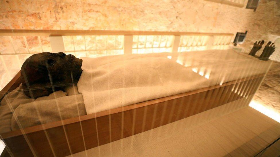 مقبرة توت عنخ أمون
