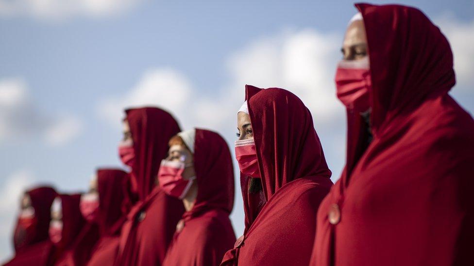 تشير تقارير حقوقية إلى أن الأردن شهد، منذ مطلع عام 2021 وحتى 16 من سبتمبر/أيلول، 12 جريمة قتل أسرية راح ضحيتها 13 أنثى.
