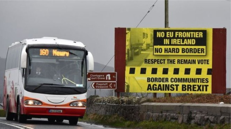 No-deal Brexit 'means hard border' - European Commission