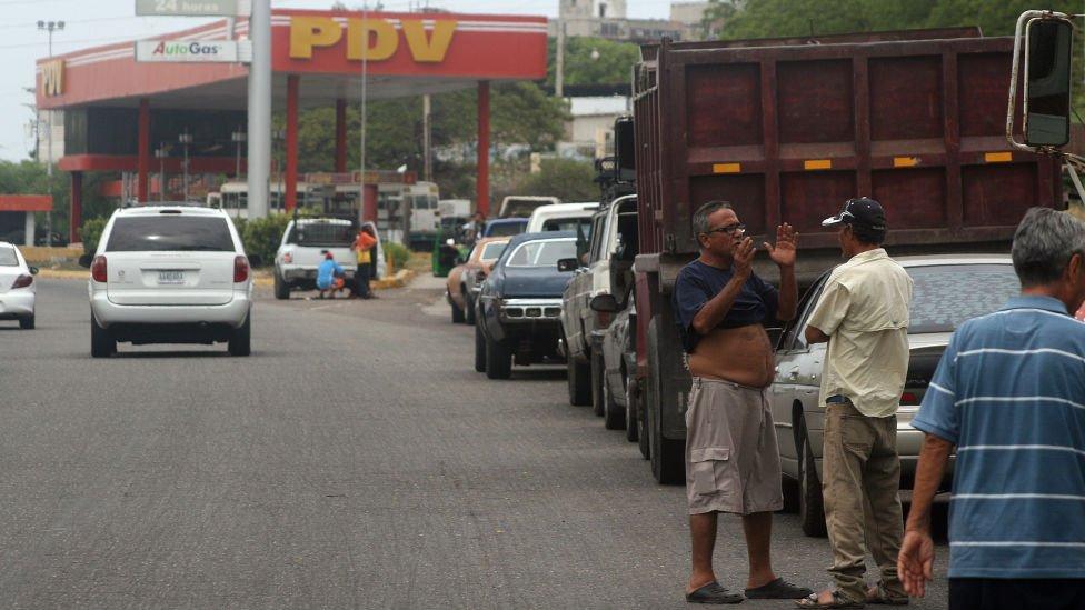 Gasolinera.