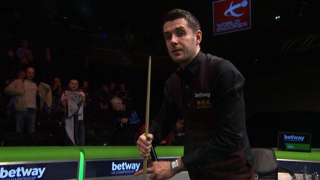 Mark Selby beats Jamie Jones at the UK Snooker Championship