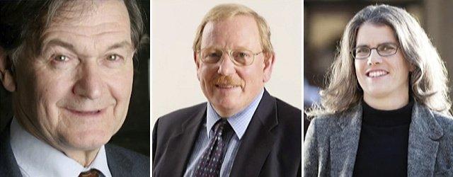 De izq. a der.: Roger Penrose, Reinhard Genzel, y Andrea Ghez.