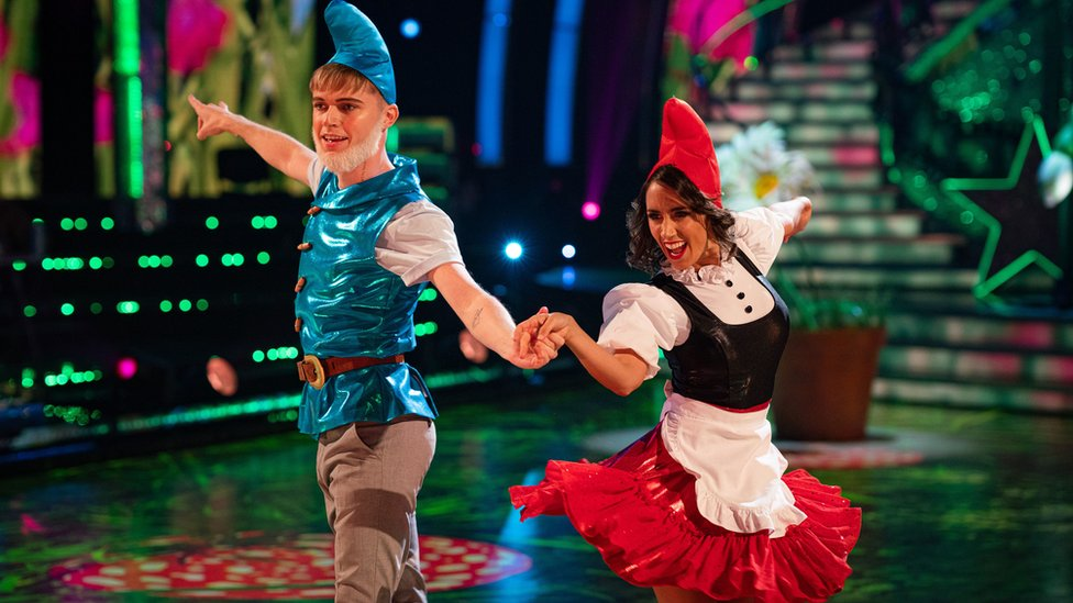HRVY with dance partner Janette