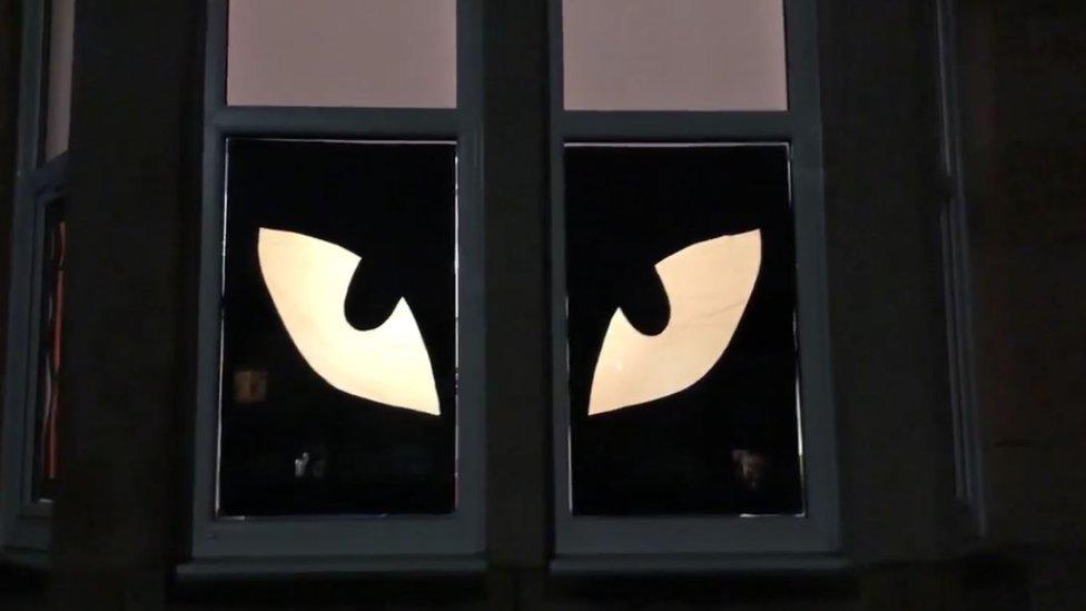 Window eyes