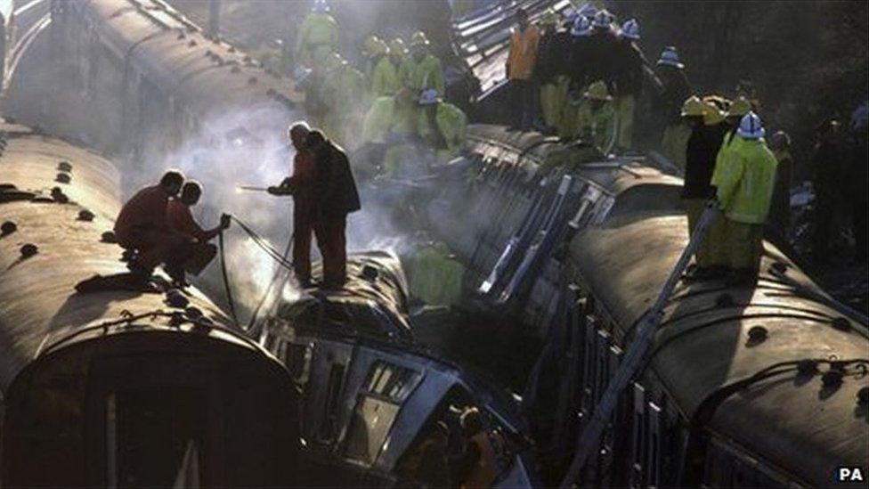 Clapham Junction rail crash 1988: Events remember the dead