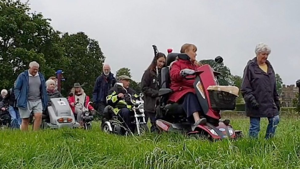 'Walk on wheels' launched in the Cotswolds