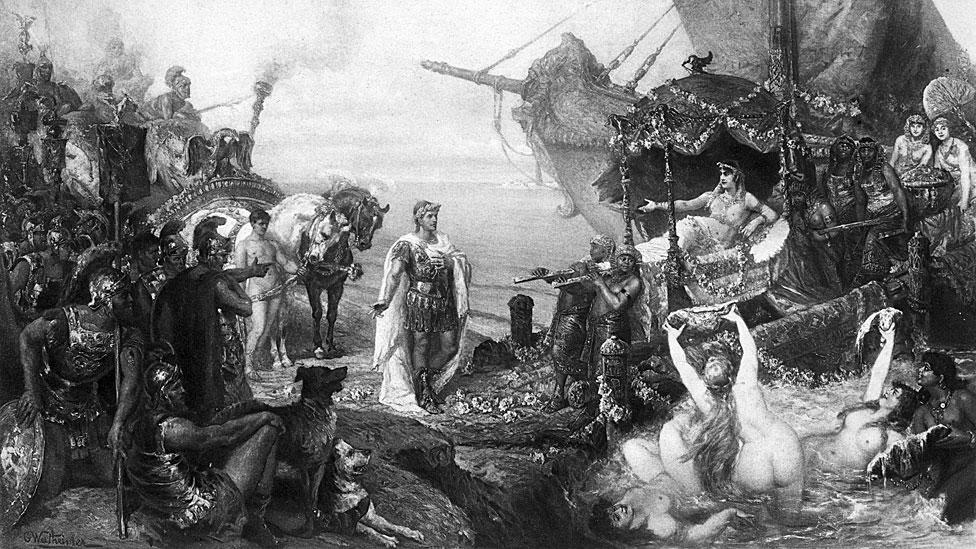 Cleopatra va a conocer a Marco Antonio.