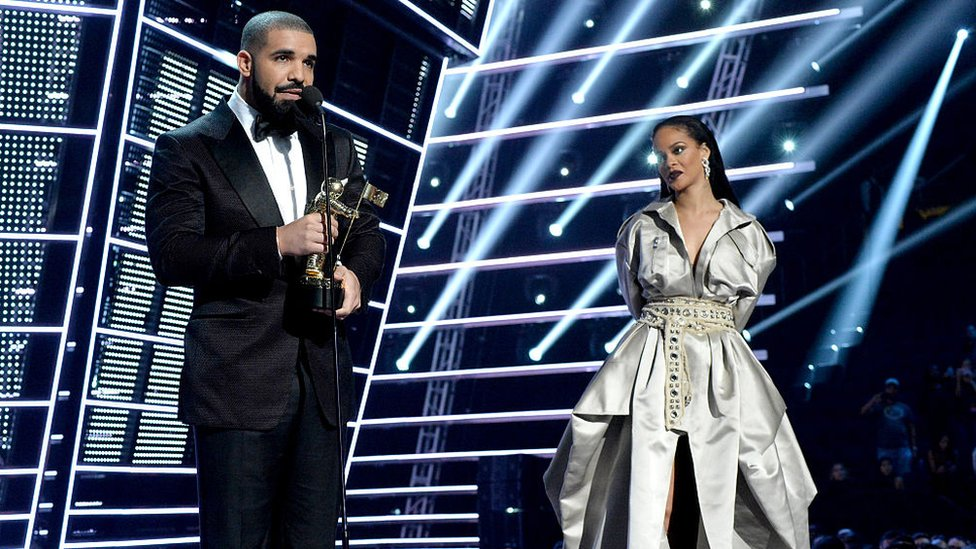drake and Rihanna on stage