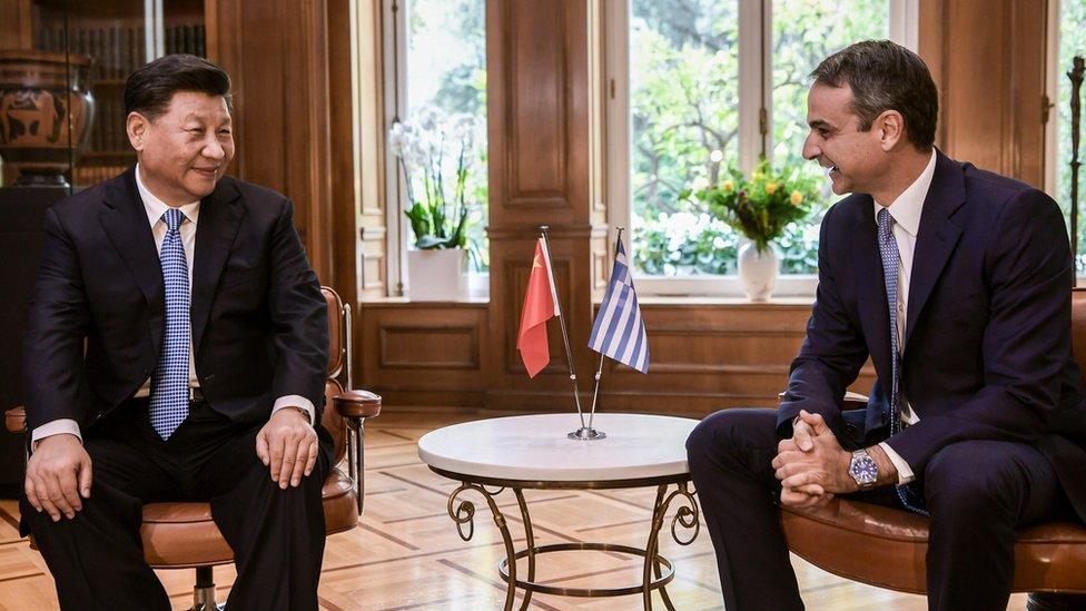 中國國家主席習近平與希臘總理基裏亞科斯·米佐塔基思