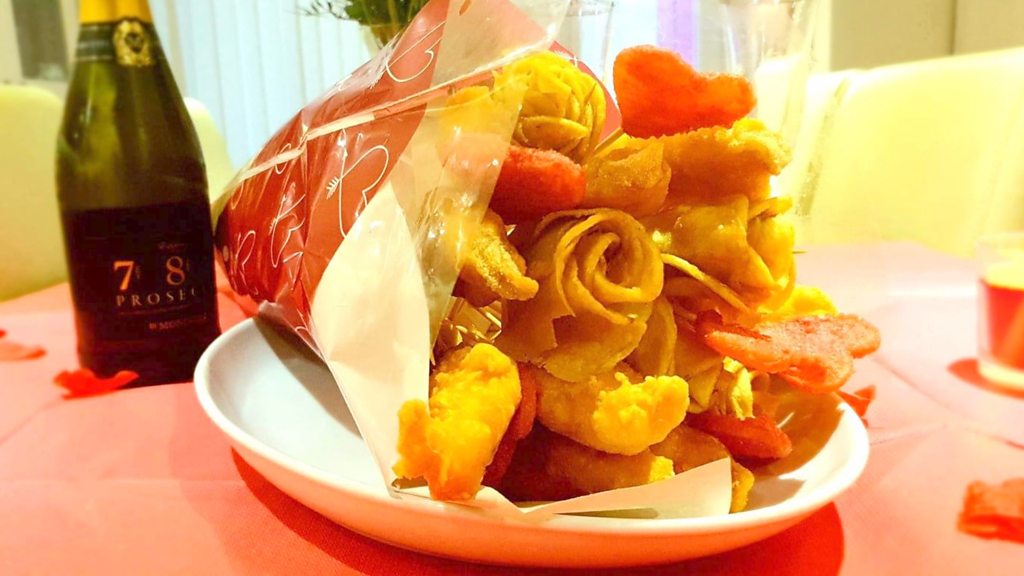 Valentine's Day: Barwell chippy makes fish and chips bouquet