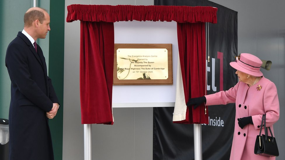 The Duke of Cambridge watches as the Queen unveils a plaque to officially open the new Energetics Analysis Centre at the Defence Science and Technology Laboratory (DSTL) at Porton Down, Wiltshire.