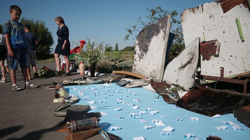 Vuelo MH17: tres rusos y un ucraniano son acusados de asesinato por el derribar ...