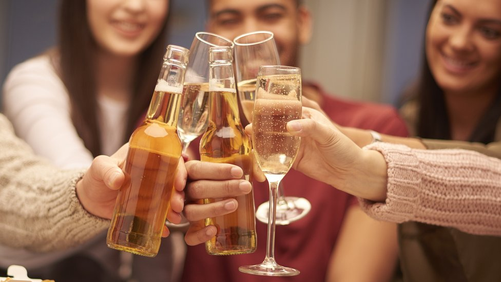Alcohol and dementia - is moderate drinking safe?