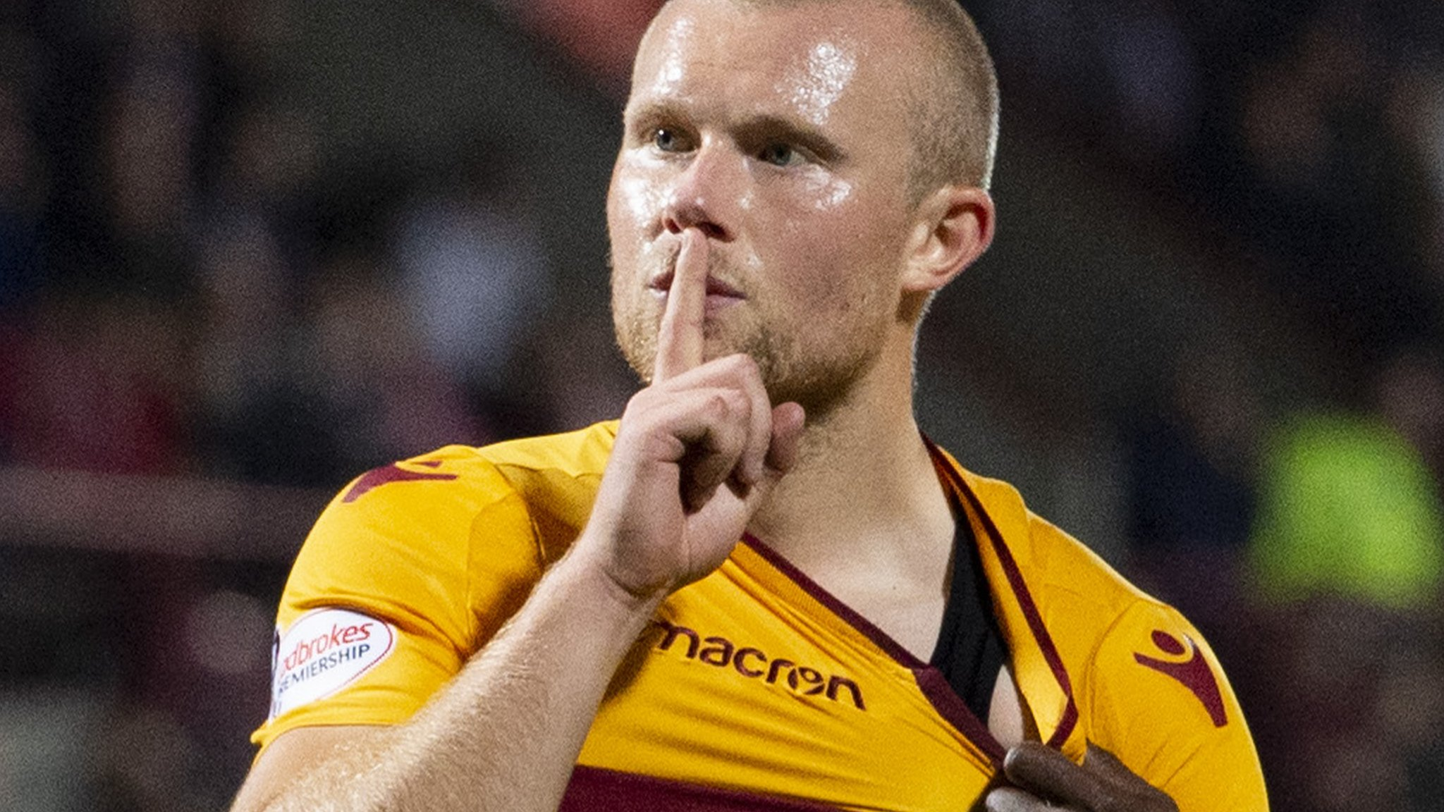 Curtis Main will assess Motherwell future in January