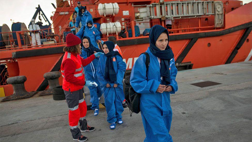 Inmigrantes llegando a España