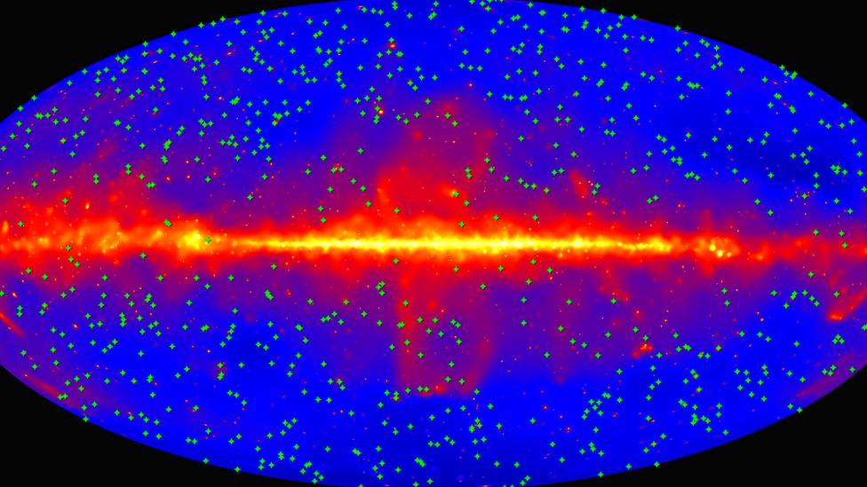 mapa del cielo elaborado en base a radiaciones de rayos gama
