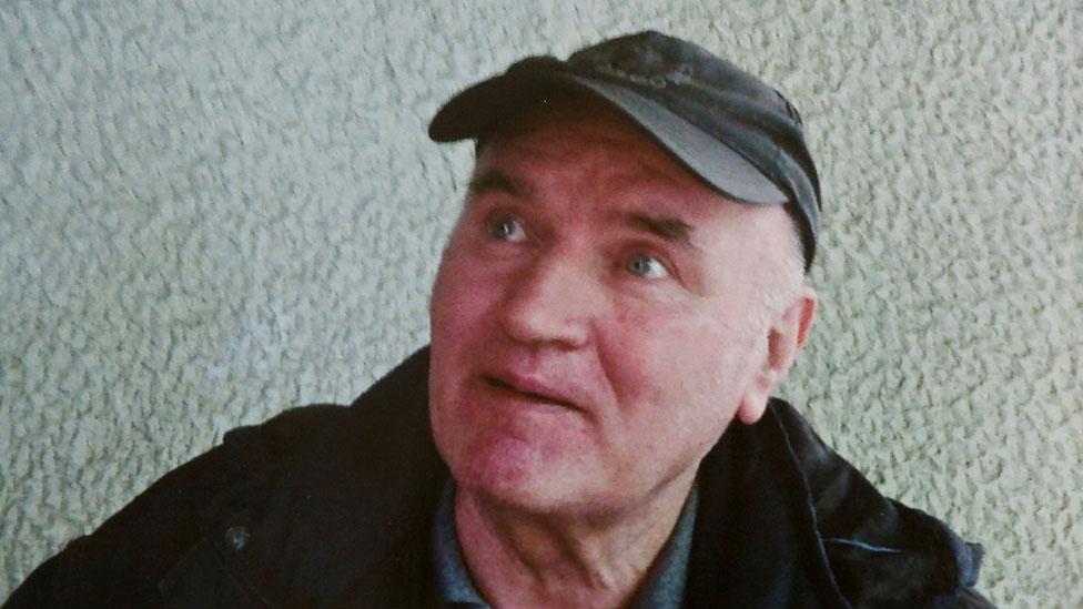 Ratko Mladic poco después de su arresto en 2011
