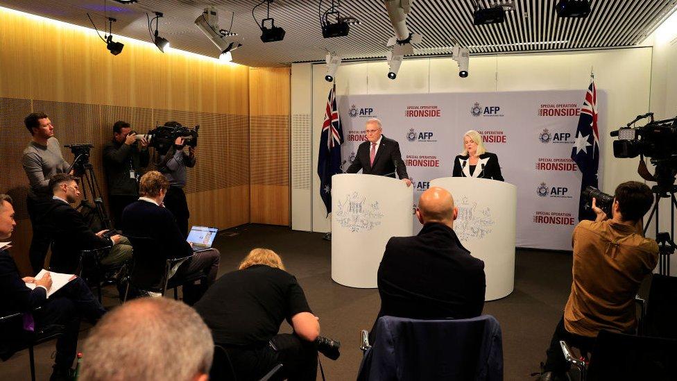 Scott Morrison, primer ministro de Australia y Karen Andrews, ministra de Asuntos Internos