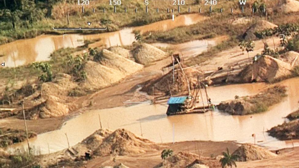 Minería ilegal en Madre de Dios